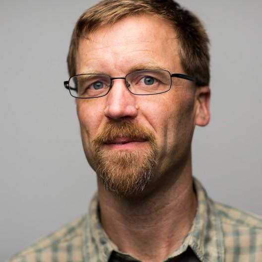 Portrait of Jonathan Bakker