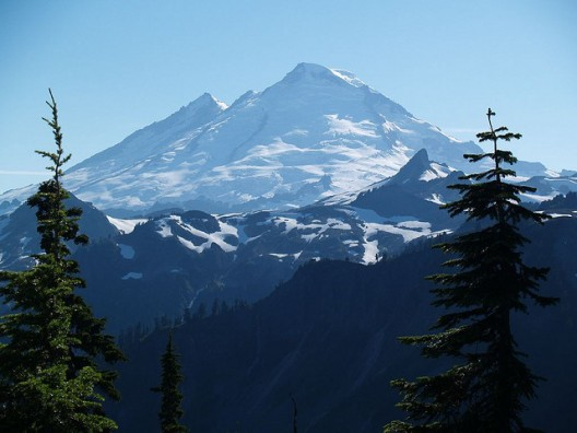Snowpack and glaciers on Washington state's Mt. Baker