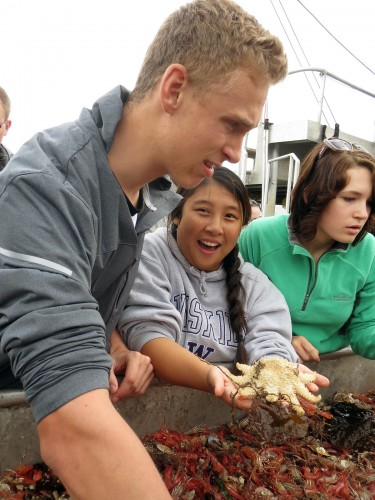 Photo: students and marine life